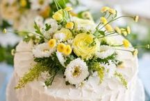 Yellow & White Weddings / by Martha Stewart Weddings Magazine