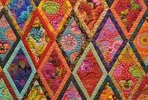 Quilts & Handwork / by Linda Schmidt