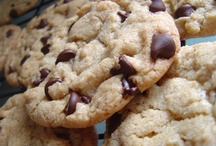 Recipes - Chocolate Chip Cookies / Because I have more chocolate chip cookies recipes than I know what to do with! Someday I'll test them all and find out which one really IS the best....