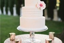 Wedding Cakes & sweets ❤ / Wedding cakes shapes and ideas for your wedding. :) C.C.F.