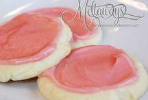 Desserts & Sweet Treats / This board has amazing pins for desserts, sweet treats, cakes, pies and more!