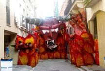 Festa Major de Gracia / An overview of what occurs each year in agust, in the district of Gracia - Barcelona