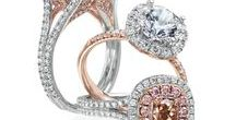 Halo Engagement Rings / Halo engagement rings are very popular, check out our selection!