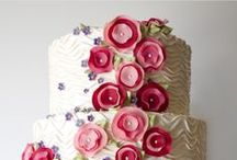 Cakes...they are amazing! / Decorative cakes!! / by Carolyn Greer