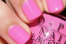 nails / by Katrina Fendrych