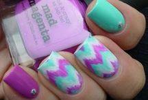 Nail Fashions <3 / by Elizabeth Green