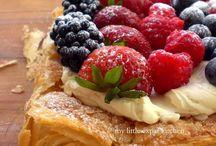 Desserts / by Annemarie Crump