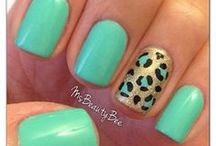 nails / by Caitlin Alexis