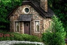 Country Cottages / by Shera Raborn