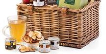 Breakfast & Brunch Gifts / Start the day off right with one of our incredible breakfast or brunch gift baskets delivered in Europe!
