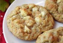 Eating-Cookies-My forbidden love / Sweet little bundles of goodness. / by Deborah Fortino