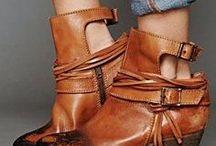 SHOES! / Shoes, shoes, shoes!