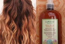Detanglers / This detangler is a miracle worker for your hair.