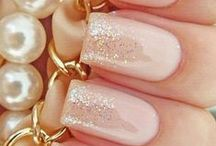 Easy Nail Art Inspiration // Ideas / vision board for all types of easy nail art to re-create / by Angela Ricardo