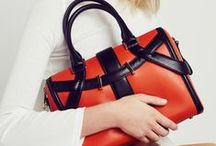 Timeless Collection / With a bag, it is often love at first sight...