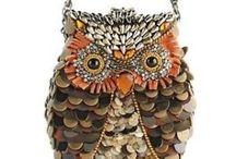 dress me: ladies, accessories / Belts, glasses, gloves, hosiery, scarves, watches.