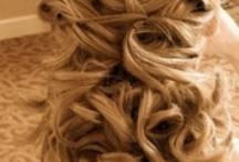 hair styles / by Em Grim