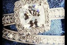 Engagement Rings & Other Jewelry / by Kristyn Rugg