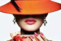 Mode. Accessoires / Bijoux, chaussures, sacs, foulards et autres.