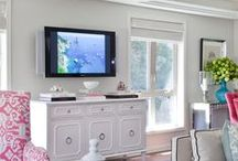 TV Styling / Arrangements around a flat screen TV