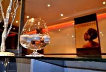 Atlantis a Bologna-FormosaCafè / Evento del 28 novembre 2012, al FormosaCafè di via Ranzani, 13 a Bologna. Primo check-in della collana Atlantis, Lite Editions, con letture di Alfredo Caruso Belli, performance della cantante Martina Armaroli. A cura di Red Paper