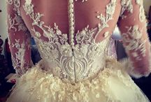 W e d d i n g D r e s s e s / Beautiful bridal wear..