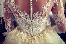 W e d d i n g D r e s s e s / Beautiful bridal wear..
