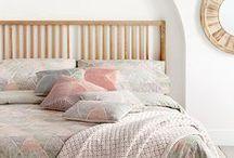 Decoración dormitorios / Ideas para decorar dormitorios. Camas, mesillas, armarios, vestidores...