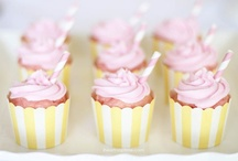 Cupcakes / by Kimberly Miller