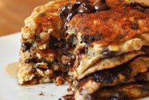 pancakes for breakfast / pancakes and other breakfast foods!