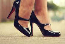 OMG Shoes! / by Laura MacDonald
