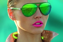 How to wear: Neon  / http://www.steelemystyle.com/2012/04/12/dare-to-wear-neon/