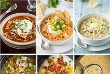 Soups & Chilis / Delicious, nourishing soups to get you through these dark fall and winter days with a bright smile :)