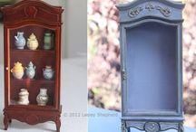 Miniatures - mobiletti rivisitati / Qui raccogliamo i mobiletti delle case delle bambole ed accessori acquistati e poi modificati con diverse tecniche