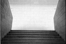 Architecture / Non sono un tecnico della materia ma guardare un opera architectonica è comeguardare una bella fotografia.