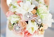 Cute Wedding Ideas / by Jennifer Phillips