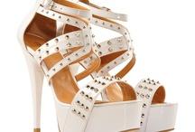 Günün Ayakkabıları