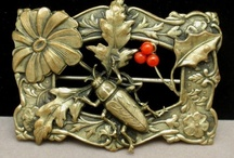 Jewelry: Top Tier Sellers / Trusted eBay sellers who offer vintage, antique and costume jewelry. Click any of the logos at the bottom of the page to see complete inventories and prices. And, visit our Facebook page. https://www.facebook.com/TopTierVintageJewelry