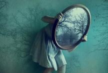 Everything Alice / by Nichola Pitt