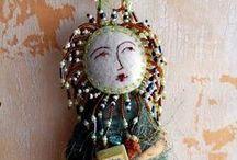 Textiles: Art Dolls / by Nichola Pitt