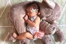 Newborn Photo Shoot Ideas / Ideas and inspiration for your newborn photo shoot