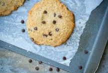 sweet treats / my attempt to find the healthy & delicious chocolate chip cookie and so much more...