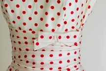 Polkadots / Pois everywhere! Polkadots on dresses, objects, graphic design, make up, accessories...everything!