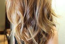 hair / by Emelie Johansson