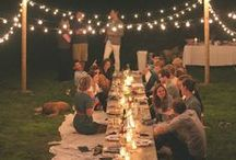 Cafe lights & Alfresco Dining / There's something about the twinkle outdoors. Friends, food, and laughter. Outdoor entertaining. Twinkle lights.