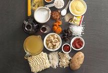 eats & treats / Recipes to try and foods to buy. I especially love southern desserts and homemade pasta dishes.