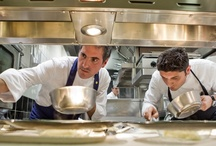 Mani in pasta...con le Stelle / Chef Andrea Aprea hosts four superstar chefs in order to create a number of delectable treats for diners. Restaurant VUN plays host to four events, one with each chef, for four different taste experiences. http://www.ristorante-vun.it