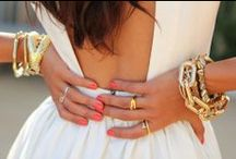 STYLE: Accessories  / Shoes, jewelry and nail polishes