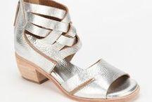 Shoooooes Glorious Shoes! / by Sarah Chamizo