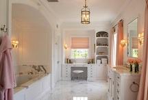 Bathroom / by Gabby Mendoza